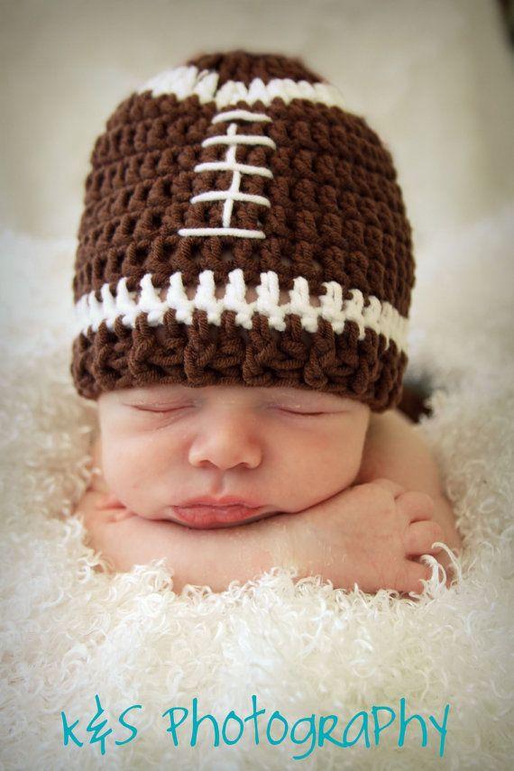 Crochet Baby Football Helmet Hat Pattern : Best 25+ Crochet Football Hat ideas on Pinterest Newborn ...