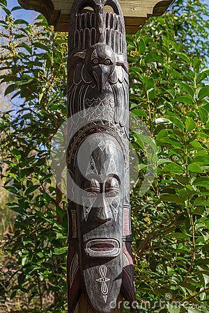 Αφρικανικά γλυπτά τοτέμ μασκών ξύλινα