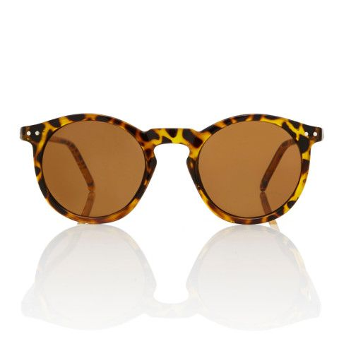 Some styles just knock it out of the park, time after time. Consider our O'Malley sunglasses inspired by the classic frame worn by LA Dodgers' former owner. These sunglasses remain one of the most recognizable styles in eyewear history and one of our most popular items. Featuring a round acetate frame, a keyhole bridge and retro pin details, the look is a total home run.  At these prices you don't need to own a baseball team to try them all.