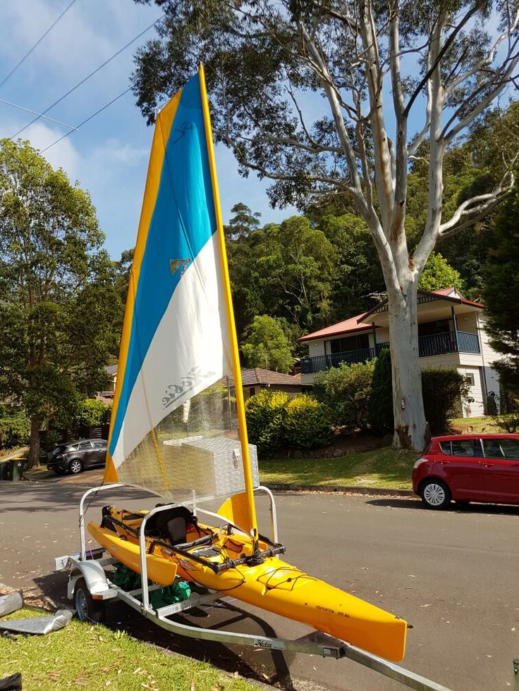 Front view of Hobie sail