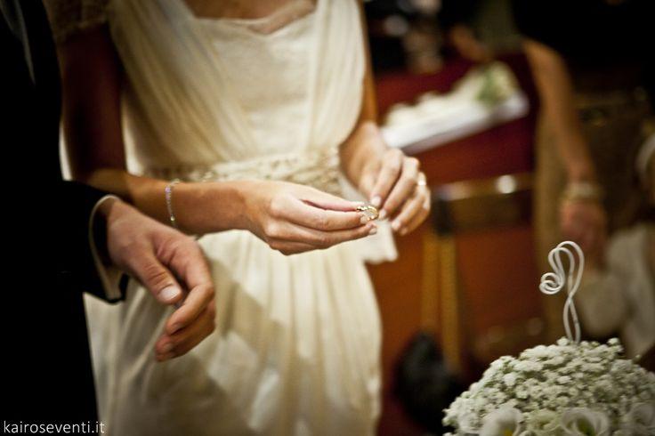Gli sposi in chiesa | Wedding designer & planner Monia Re - www.moniare.com | Organizzazione e pianificazione Kairòs Eventi -www.kairoseventi.it | Foto Oscar Bernelli