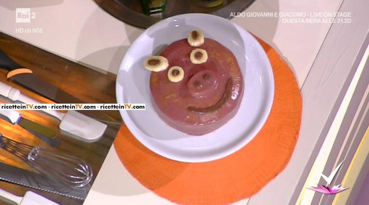 """""""Detto Fatto"""": la ricetta della torta maialina (senza latticini) di Franco Aliberti del 16 febbraio 2017."""