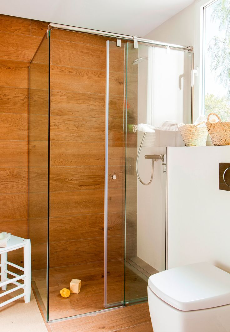 Ba o con ducha con mocheta al mismo nivel que la del for Como arreglar la regadera del bano