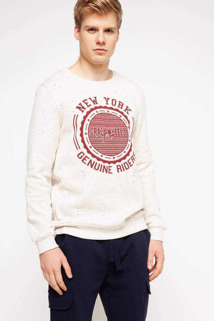 DeFacto Marka New York Baskılı Sweatshirt    Trend baskılı modeli ve dar kesimiyle günlük stilinizi tamamlayabileceğiniz DeFacto erkek sweatshirt                         http://www.1001stil.com/urun/4884692/new-york-baskili-sweatshirt.html?utm_campaign=DeFacto&utm_source=pinterest