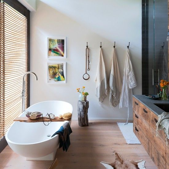 Baños Estilo Nautico:Modern Nautical Bathroom