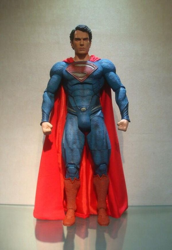 Behin The Scenes Look At NECA's 1/4 Scale Man of Steel Superman Action Figure - DC Comics - Action Figures Toys News ToyNewsI.com