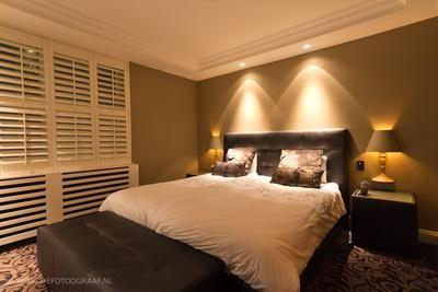 mooie sfeer spotjes in de slaapkamer