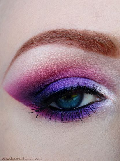 Pink and purple makeup for blue eyes