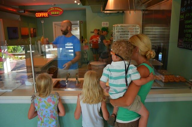 Where to eat and drink in annamariaisland  Fresh bakers  Anna Maria Island Donut Experience