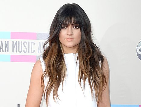 Kylie Jenner debuts some new bangs at the American Music Awards.