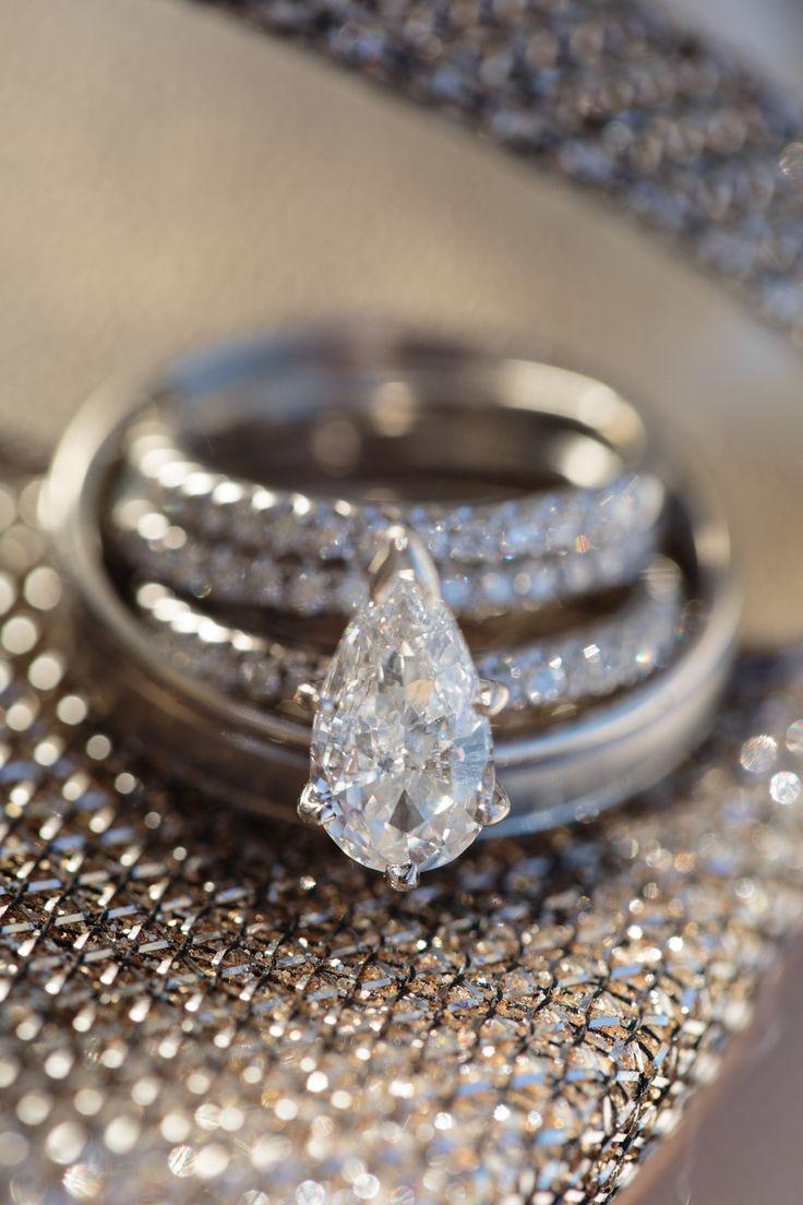 Tear shaped diamond engagement ring.