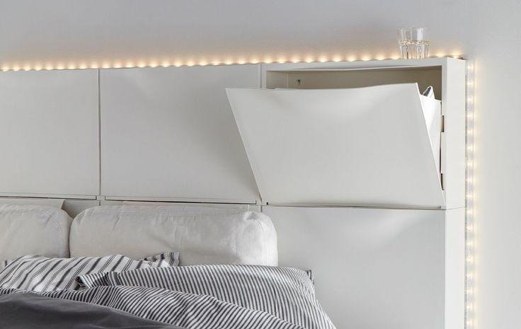 Pimp je schoenenkast: ideaal als hoofdeinde voor je beddengoed | IKEA IKEAnederland IKEAnl wooninspiratie inspiratie slaapkamer opbergen TRONES schoenenkast kasten beddengoed wandmeubel DIODER led lichtlijst lichtstrip