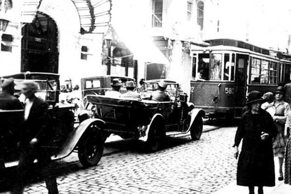 story of 1930s - 1930ların öyküsü #Beyoğlu #istanbul #istanlook