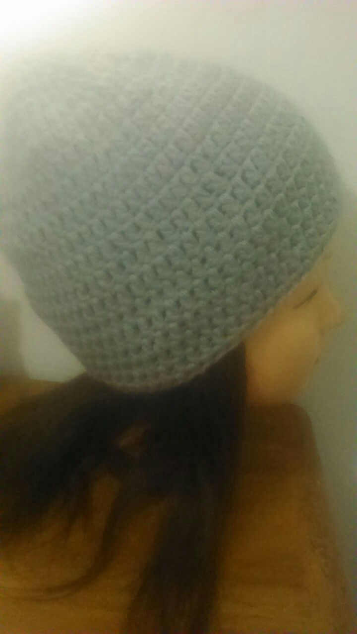 Gorro tejido en lana <3 mi primer proyecto de crochet.
