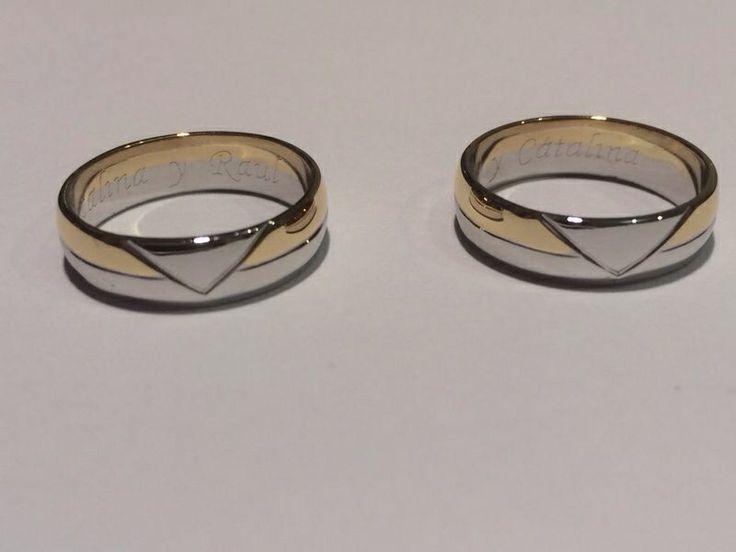 #ElBrillantejoyas siempre te da las mejores propuestas en diseño moderno e innovador. Haz de tu unión un símbolo especial con estas hermosas argollas. Ref: Arg59  Anillos de compromiso y argollas de matrimonio.   #ElBrillanteJoyas  http://www.elbrillantejoyeria.com.co/