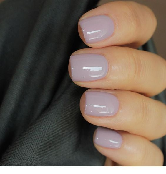 Love this nail polish color light gray lavender color – Fingernägel