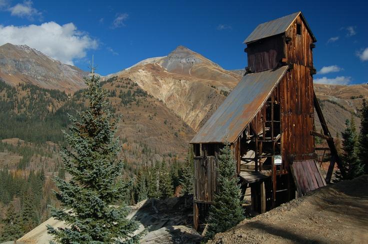 Yankee Girl Mine between Silverton and Ouray, Colorado, USA