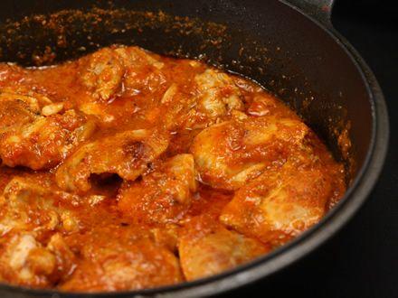 700 gr carne de pui (6 pulpe dezosate am folosit),...