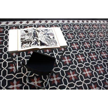 Imposantes Muster aus vier verschiedenen Zementplatten. #via #gruenderzeit #zementfliesen #fliesen