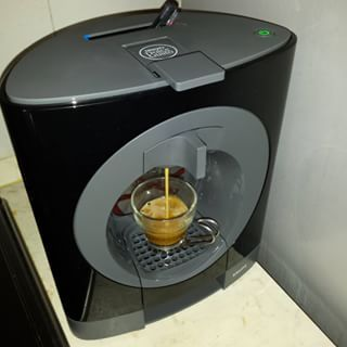 Nuova macchina del caffé. Nescafé Oblo #caffe #caffeine #coffee #italia #italy #italiancoffee #nescafe