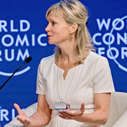 koninklijkhuis:  Princess Caroline of Bourbon-Parma attended the World Economic Forum, Jordan, September 7, 2015