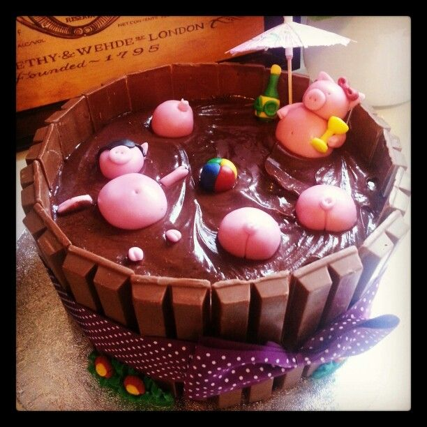 Party piggies, 40th cake for my supervisor