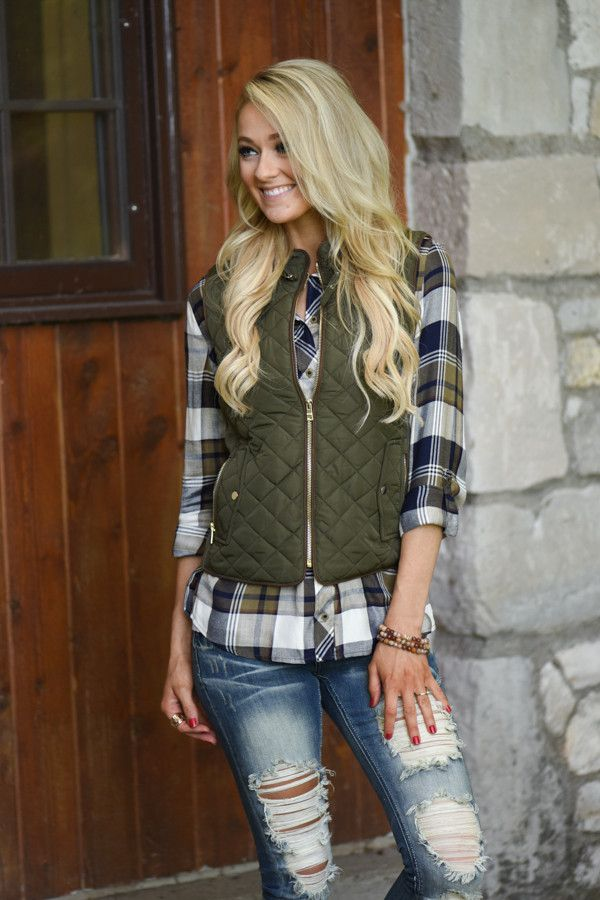 Essential Layering Piece for Fall! Running small, if you're in between sizes or…