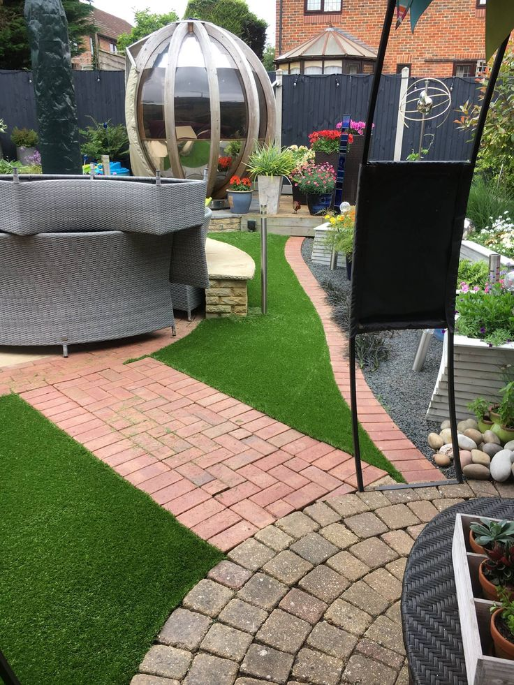 Unique garden designs, with artificial grass