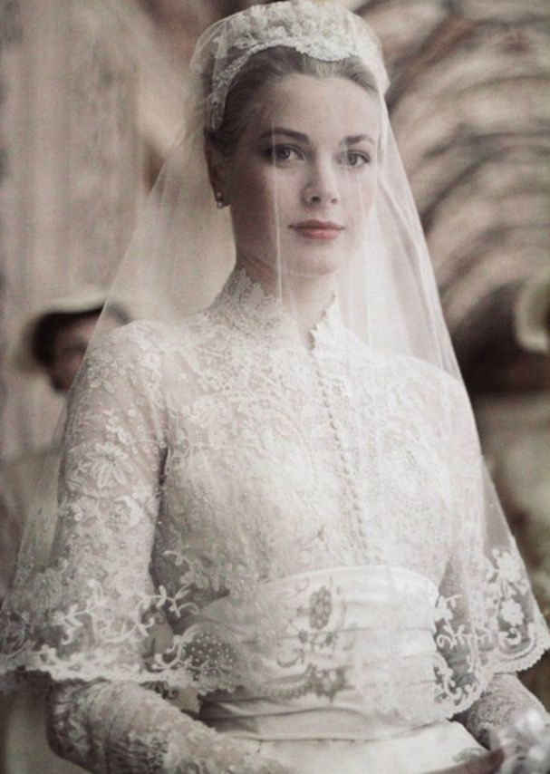Grace Kelly wedding                                                                                                                                                                                 Plus