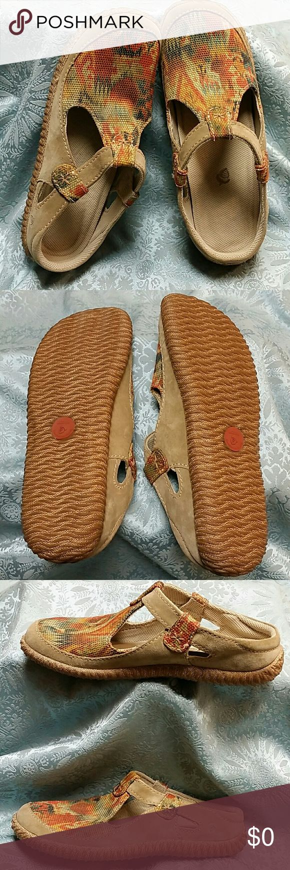 Acorn slip on shoes W11 Cute casual canvas slip on mules with tan suede trim. Padded heel. T strap does not adjust. Fun kickin around shoe in desert southwest colors. Wider fit woman shoes. Excellent condition. No box. Acorn Shoes Sneakers