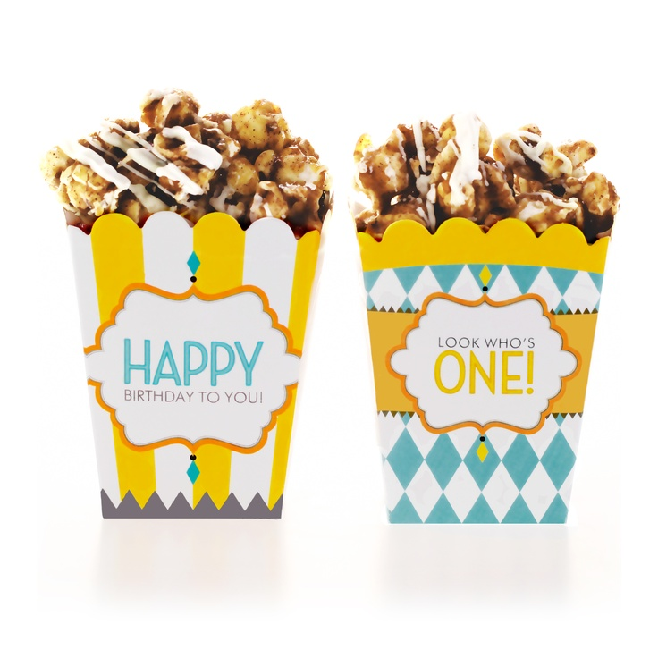 Perfect for everything from candy & cookies to sweet potato fries and good old-fashioned popcorn!Colors Treats, Birthday Yellow, Carnivals Birthday, Birthday Treats, Birthday Parties, Treats Boxes, Blue Treats, Carnival Birthday, Classic Carnivals