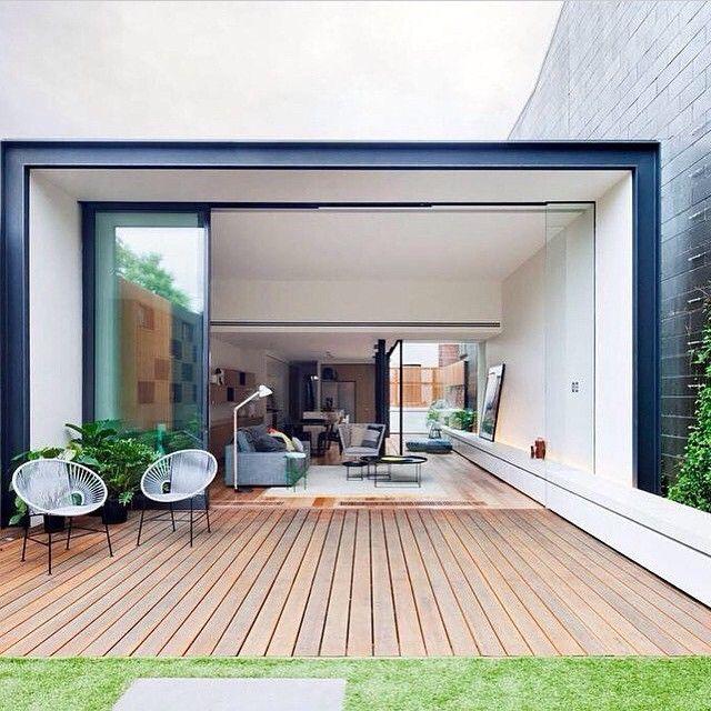 Terrazas con piso de madera, ideal para temporadas de lluvia... Inspírate con Gogetit! Terrace with wooden floor, ideal for rainy season... Get inspired with Gogetit!