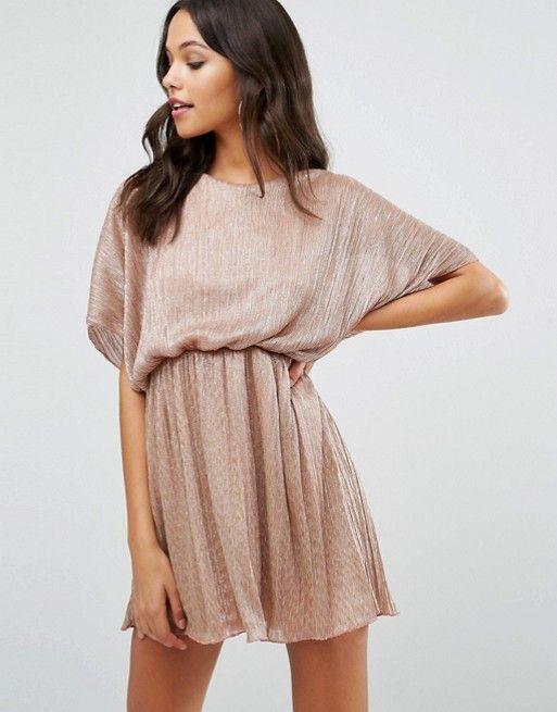 Perfect dress for the Party season.. Gorgeous xx