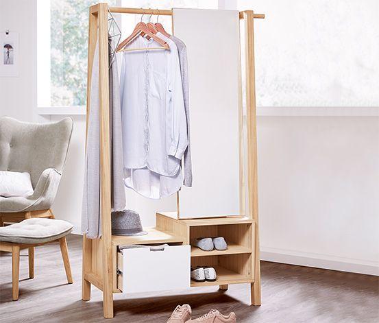 5490 Kč Tento stojan na oblečení se zrcadlem je vyroben z masivního dřeva paulovnie a na šatní tyči, ve dvou otevřených přihrádkách a jedné zásuvce nabízí spoustu místa na bundy, kabáty, boty a doplňky.
