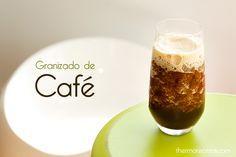 Granizado de café - http://www.thermorecetas.com/2013/07/01/granizado-de-cafe/