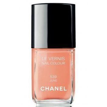 Chanel Le Vernis   539 June https://www.douglas.nl/douglas/CHANEL-CHANEL-NAGELLAK-LE-VERNIS_productbrand_1000790264.html