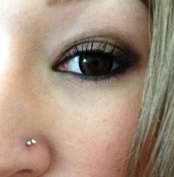Double nose ring stud piercing and circle lens :)