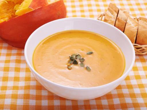 potiron, crême fraîche, poireau, bouquet garni, oignon, beurre, ail, sel, carotte