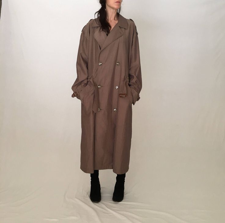 Tommy Hilfiger vintage trench coat men 42 women plus size coat/fall winter beige brown raincoat/tan double breasted military long brown coat by MadCrushVintage on Etsy