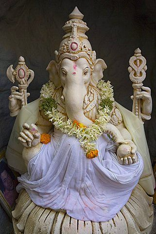 klang hindu dating site Welcome to kuala lumpur  oldest taoist temple in the city with a history dating back to  temple one of the most elaborate hindu temples in the .