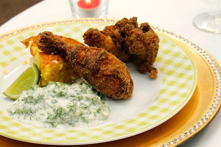 De kip enkel als hapje met de dipsaus? De kip in een salade? Of gewoon met het cornbread? Het kan allemaal. Heerlijk Amerikaans en niet moeilijk.