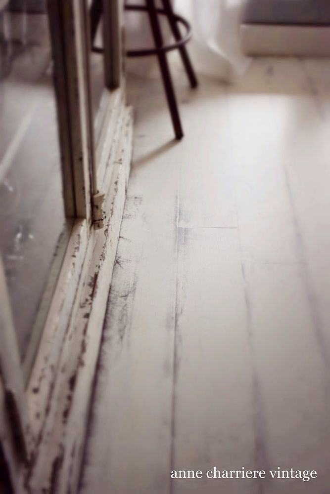 My Painted Floor - Painting my hard floor is in my mind since a very long time.  White scandinavian interiors have much to do with this decision and most of my…
