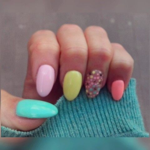 PasteLove . . . . . . #hybridnails #hybryda #nailstagram #nail #nails #instaspring #instaflower #flowernails #flowers #salonbeauty #springnails #spring #mai #weekend #zyrardow #mazovia #polandnails #nailstrendy #trendy #instagirl #mint #orange #banana #rose #pink #semilac #semilacgel #pastelove #pastelowe #love ;)