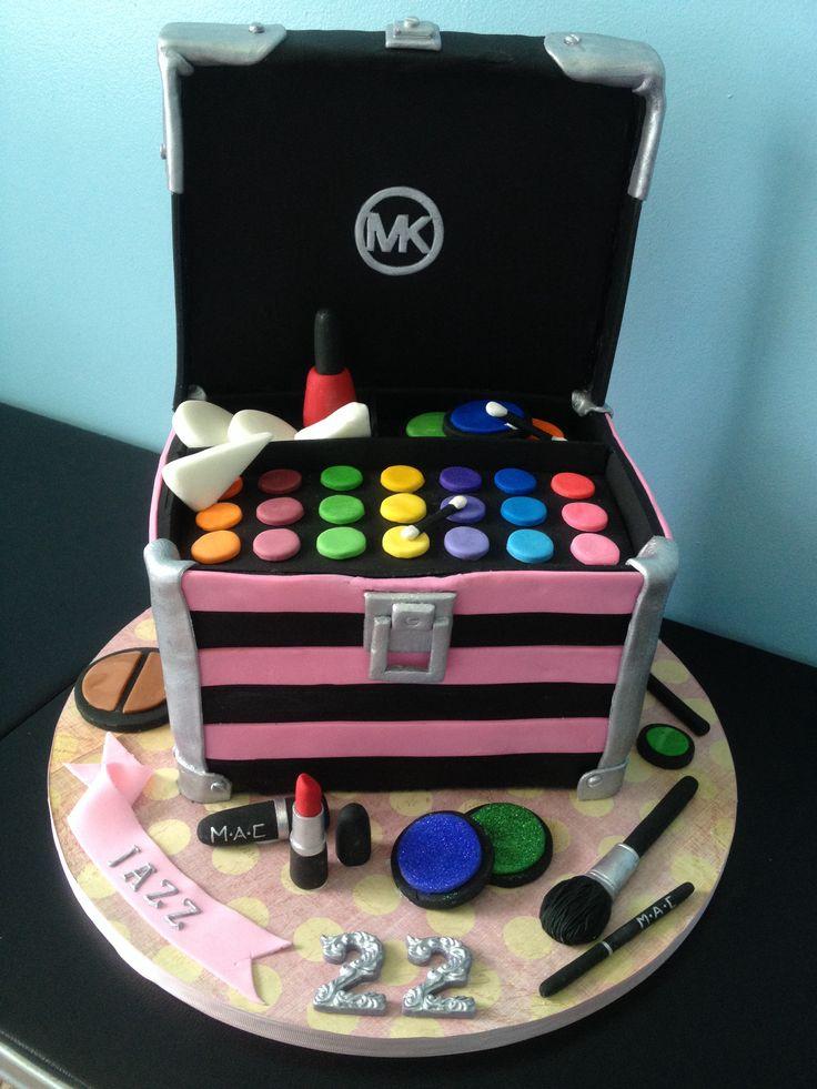 Makeup case cake, make up cake, Michael Kors cake, best cake ever, amazing cake, unique cake, MAC makeup cake, MAC makeup, Mac lipstick