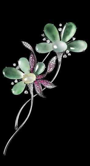 Jadegia, flower brooch, jadeite, diamonds and coloured sapphires