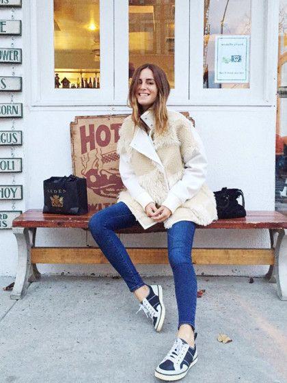 Gala Gonzales - AmlulAls Tochter des spanischen ModedesignersAdolfo Domínguez wurde Gala sozusagen mit Fashion im Blut geboren. Sie studierte Mode an der Londoner University of the Arts. Gala arbeitet als Bloggerin, Model und DJane und war bereits in internationalen Publikationen wie Vogue, Elle und Marie Claire zu sehen.Ihr Stil:Amlul ist eine Kombination aus High-Fashion und Streetwear. Natürlich trägt Gala die ganz großen Marken und treibt sich als Model und ...