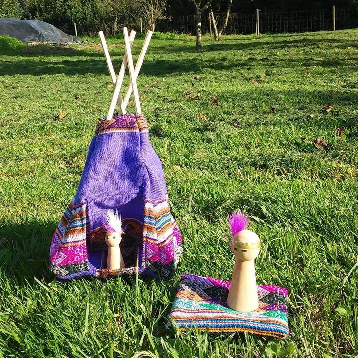 Peruan Miniature Tipi for Indians Pegdolls by thepetitecasa.  Mini tipi con precioso tejido peruano de Knotsisterunion para nuestros indios pegdolls. Proyectos hechos a mano, a medida por thepetitecasa.