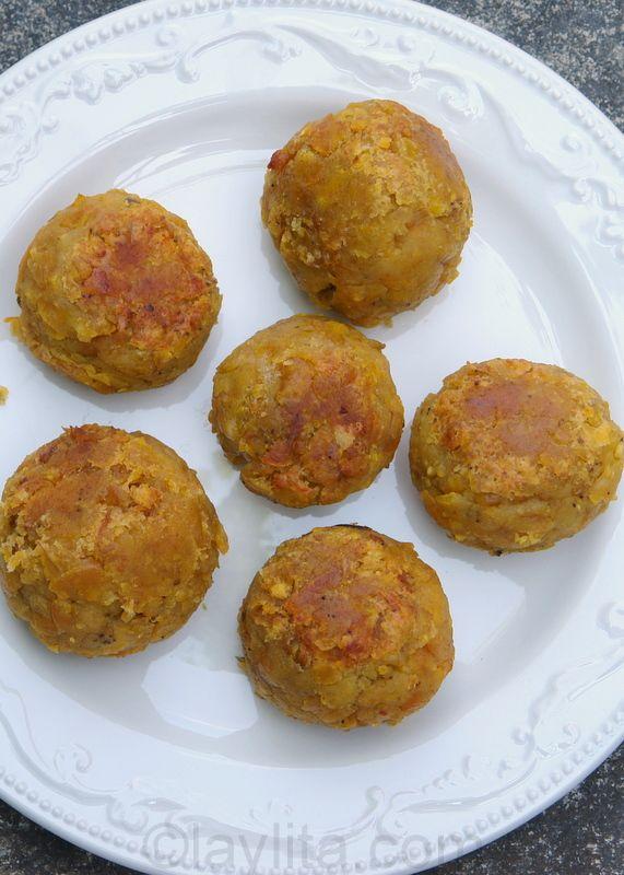 Bolon de verde are green plantain dumplings stuffed with cheese, chorizo or chicharrones and fried until crispy.
