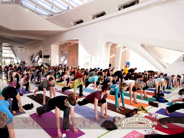 Yoga At Mam March 9 Milwaukee Wedding Photography Front Room