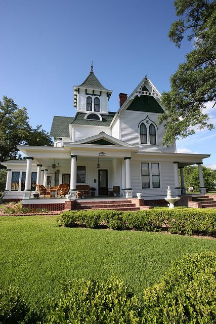 17 best images about exterior gothic revival on for Fancy farmhouse